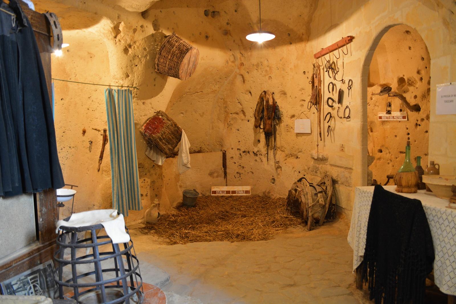 grotta-stalla-matera